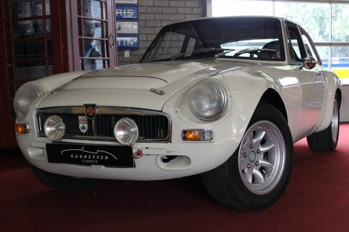 MGC GT rally - sebring edition 1969 overdrive For Sale (picture 1 of 6)