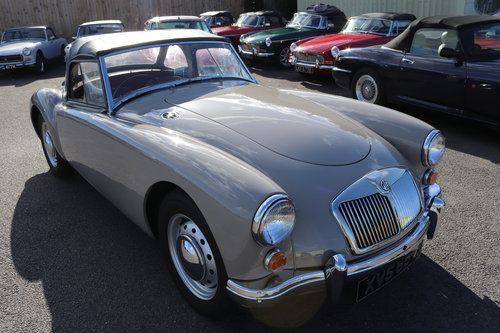 1959 MGA 1600 MK1 Roadster in Dove Grey SOLD (picture 1 of 6)