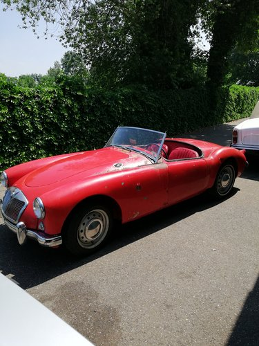 1958 MGA Roadster Restoration object SOLD (picture 2 of 6)