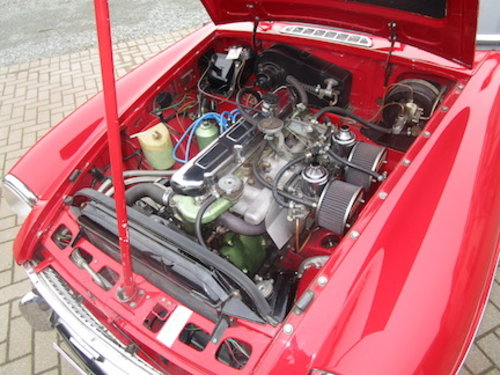 1968 MGC Roadster SOLD (picture 3 of 6)