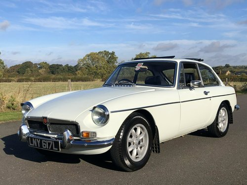 1972 MGB GT Manual Overdrive SOLD (picture 1 of 6)