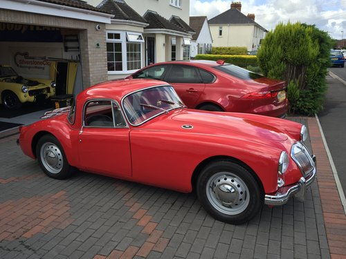 1957 MGA Coupe 1500 cc For Sale (picture 1 of 6)