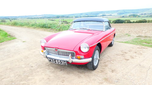 1969 Mgb Roadster with Heritage shell  SOLD (picture 1 of 6)