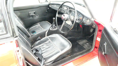 1969 Mgb Roadster with Heritage shell  SOLD (picture 4 of 6)