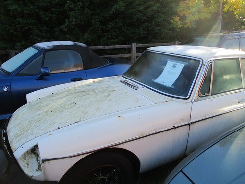1978 MG B GT for restoration For Sale (picture 1 of 4)