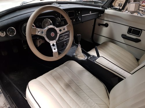 1971 MG B Roadster - Left Hand Drive For Sale (picture 1 of 6)