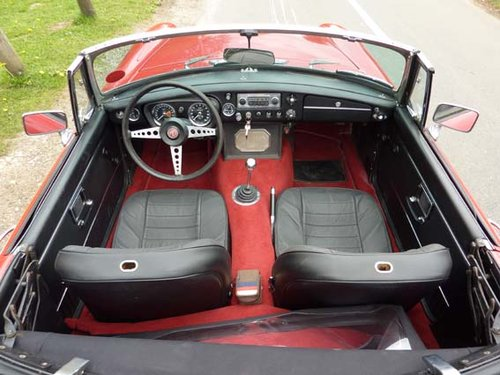 1971 MG B Roadster - Left Hand Drive For Sale (picture 6 of 6)