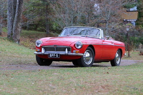1964 Early, highly original MGB Roadster For Sale (picture 1 of 6)