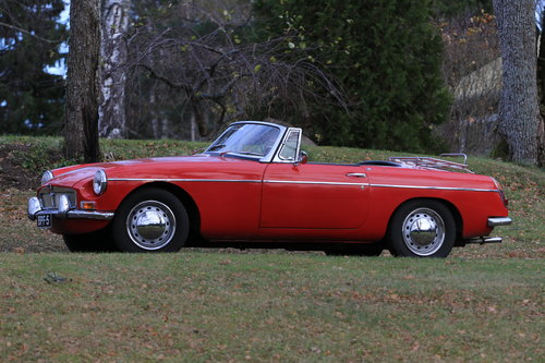 1964 Early, highly original MGB Roadster For Sale (picture 2 of 6)