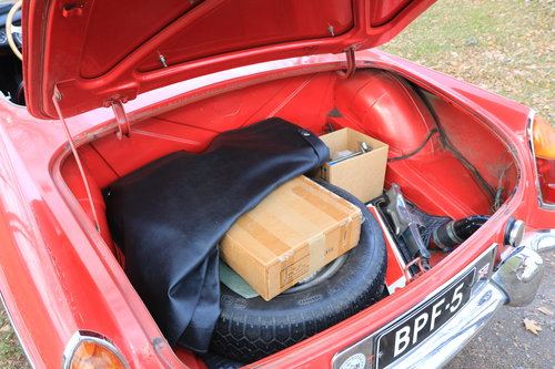 1964 Early, highly original MGB Roadster For Sale (picture 4 of 6)