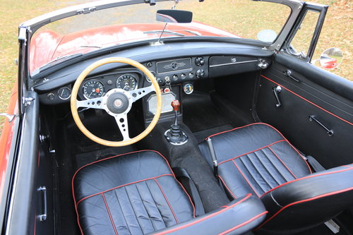 1964 Early, highly original MGB Roadster For Sale (picture 5 of 6)