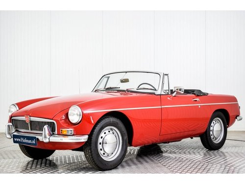 1963 MG B MGB 1800 Pull Handle For Sale (picture 1 of 6)
