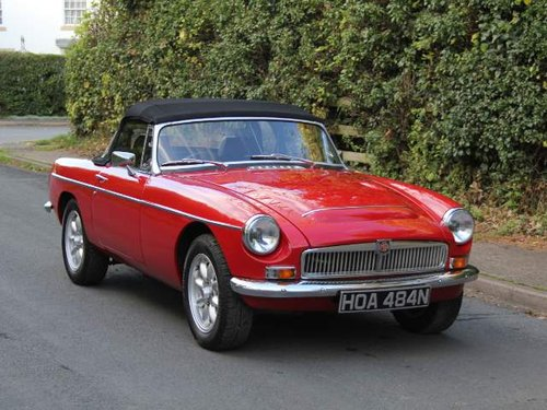 1975 MGB V8 Roadster For Sale (picture 1 of 6)