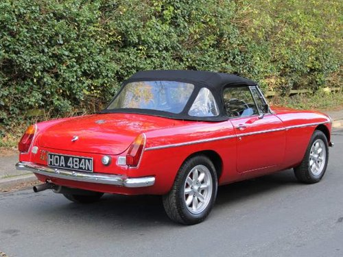 1975 MGB V8 Roadster For Sale (picture 4 of 6)