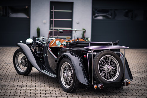 1946 MG TC Completely Restored  For Sale (picture 3 of 6)