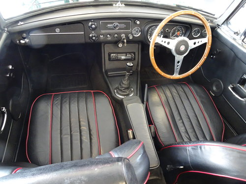 1964 Pristine MGB Roadster O/D. Reg. 707 EBX For Sale (picture 4 of 6)