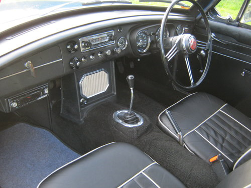 1966 MGB GT. MINERAL BLUE. VERY EARLY GT BUILT IN 1965. SOLD (picture 5 of 6)