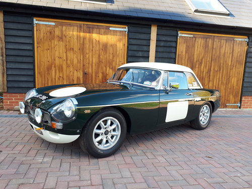 1964 MGB FIA HISTORIC RALLY CAR For Sale (picture 1 of 6)