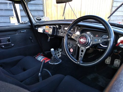 1964 MGB FIA HISTORIC RALLY CAR For Sale (picture 2 of 6)