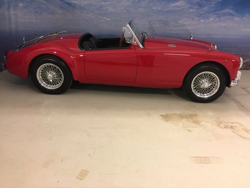 1959 MG A 1.5 Roadster  SOLD (picture 2 of 6)