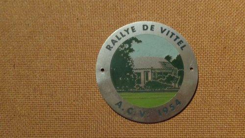 Badge du rallye de Vittel 1954 For Sale (picture 1 of 1)