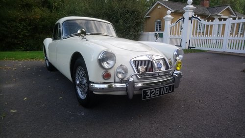 1962 MGA Coupe MKII 1600 SOLD (picture 1 of 6)