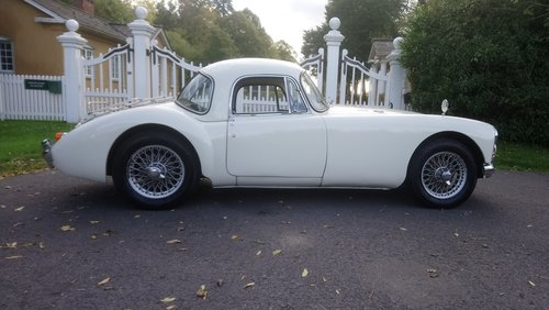 1962 MGA Coupe MKII 1600 SOLD (picture 2 of 6)