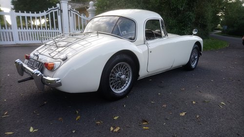 1962 MGA Coupe MKII 1600 SOLD (picture 3 of 6)