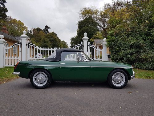 1964 MGB Roadster, Heritage Shell Restoration, Beautiful For Sale (picture 2 of 6)