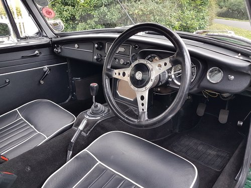 1964 MGB Roadster, Heritage Shell Restoration, Beautiful For Sale (picture 6 of 6)