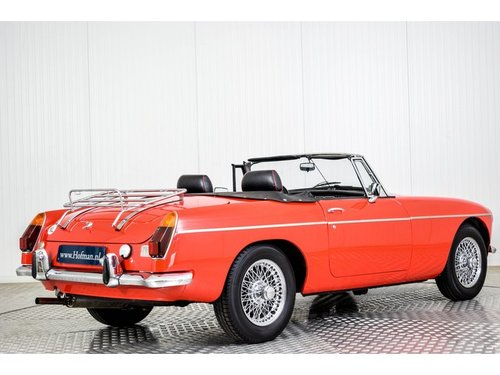 1973 MG B MGB 1950cc Overdrive Heritage body For Sale (picture 2 of 6)