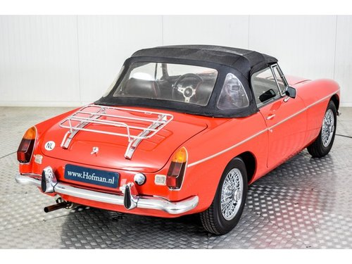 1973 MG B MGB 1950cc Overdrive Heritage body For Sale (picture 6 of 6)