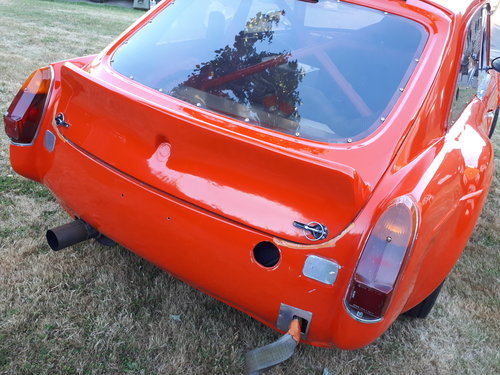 1973 MGB GT V8 5.3L Race Car For Sale (picture 5 of 6)