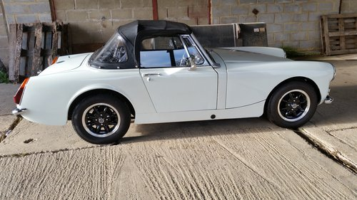 1973/M MG Midget MkIII offered by Mike Authers Classics SOLD For Sale (picture 3 of 6)