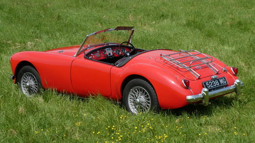 1957 MGA Roadster  SOLD (picture 1 of 6)
