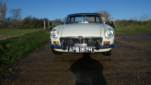 1969 Mgb Roadster with Heritage shell  SOLD (picture 2 of 6)