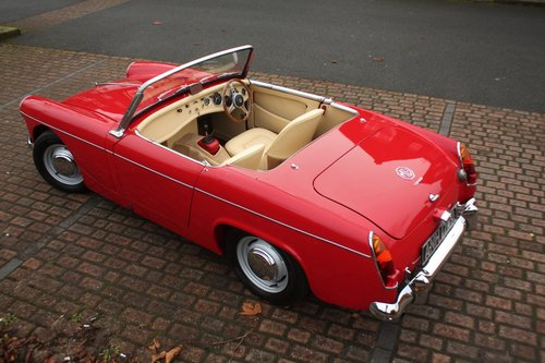 1963 MG Midget Mk1 - 1098cc - Tartan Red - Fully restored! SOLD (picture 3 of 6)