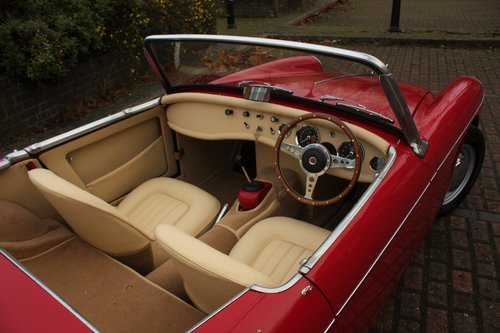 1963 MG Midget Mk1 - 1098cc - Tartan Red - Fully restored! SOLD (picture 4 of 6)