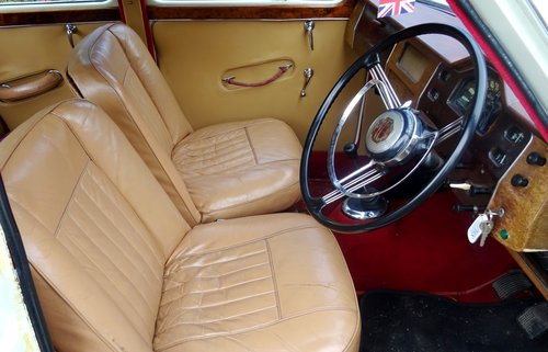 1958 MG MAGNETTE ZB TWO TONE PAINT TWIN CARBS SOLD (picture 5 of 6)