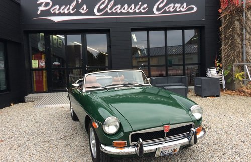 1974 MG B  For Sale (picture 1 of 5)