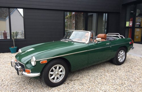 1974 MG B  For Sale (picture 2 of 5)