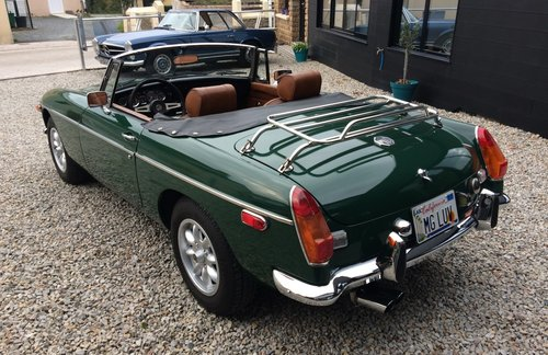1974 MG B  For Sale (picture 3 of 5)