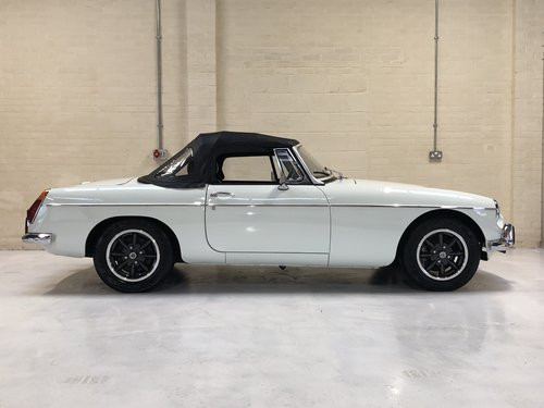 1973 absolutely stunning mgb roadster - fully rebuilt in '88  SOLD (picture 3 of 6)