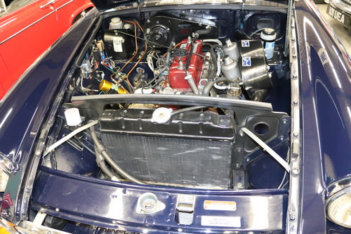 1970 MGB HERITAGE SHELL IN MIDNIGHT BLUE SOLD (picture 3 of 5)