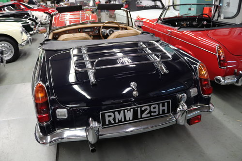 1970 MGB HERITAGE SHELL IN MIDNIGHT BLUE SOLD (picture 5 of 5)