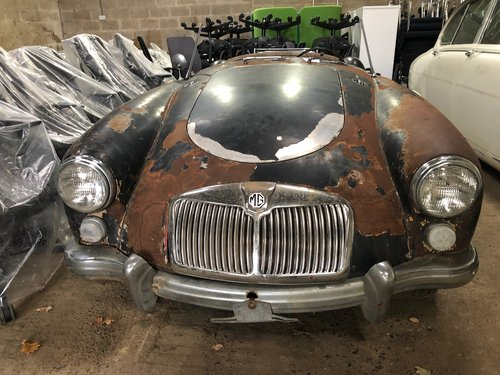 MGA 1960 barn find SOLD (picture 1 of 6)