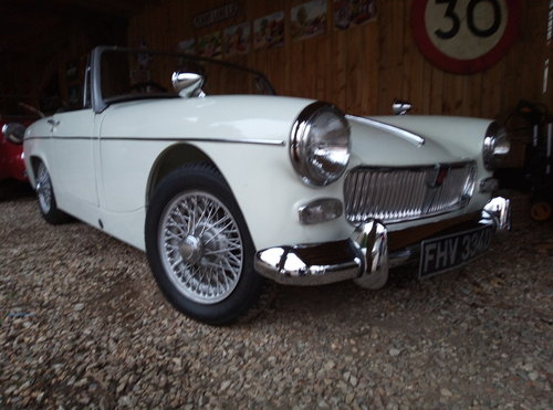 1969 SUPERB 60'S MGB ROADSTER  For Sale (picture 6 of 6)