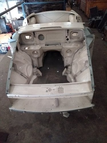 1972 Mgb chrome bumper heritage body shell with donor SOLD (picture 5 of 5)