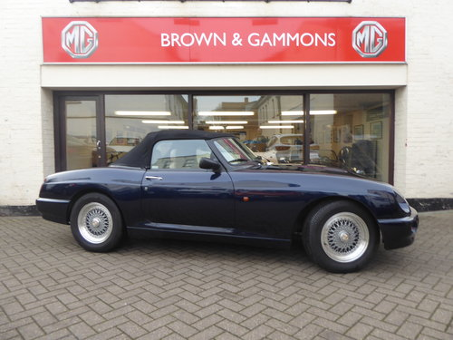 MG RV8 1993, OXFORD BLUE SOLD (picture 3 of 6)