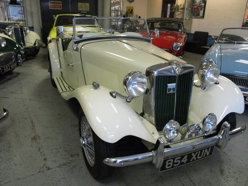 1953 MG TD Beautiful example For Sale (picture 2 of 6)